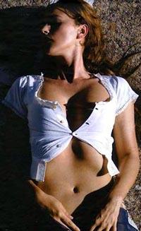Моника Беллуччи - загрузить фото в свой мобильник