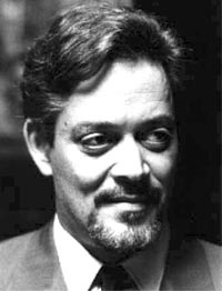 Рауль Джулиа