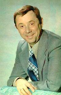 Олег Анофриев