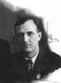 Аркадий Первенцев