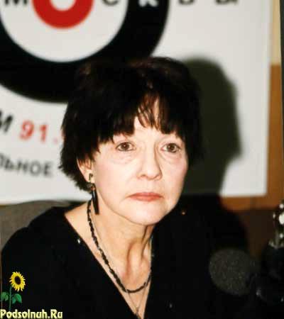 Знаменитая поэтесса скончалась в понедельник у себя дома в Переделкино на...