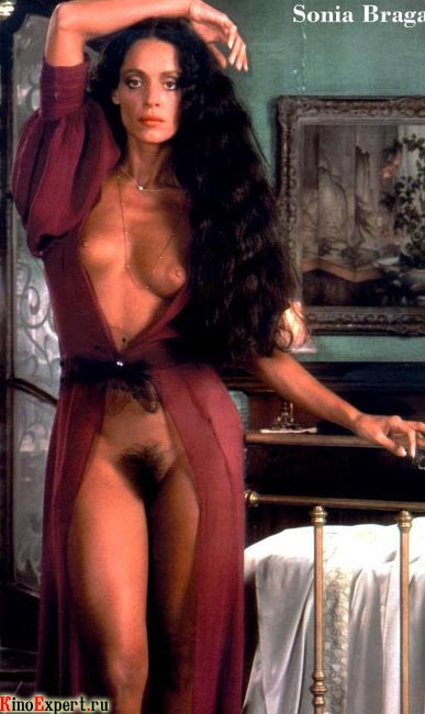 golie-foto-brazilskih-aktris