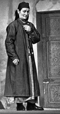 Лютфи Сарымсакова