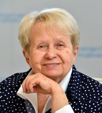 Александра Пахмутова